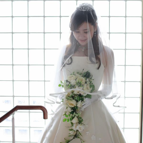 ウェディングベール ミドル丈【リリア】