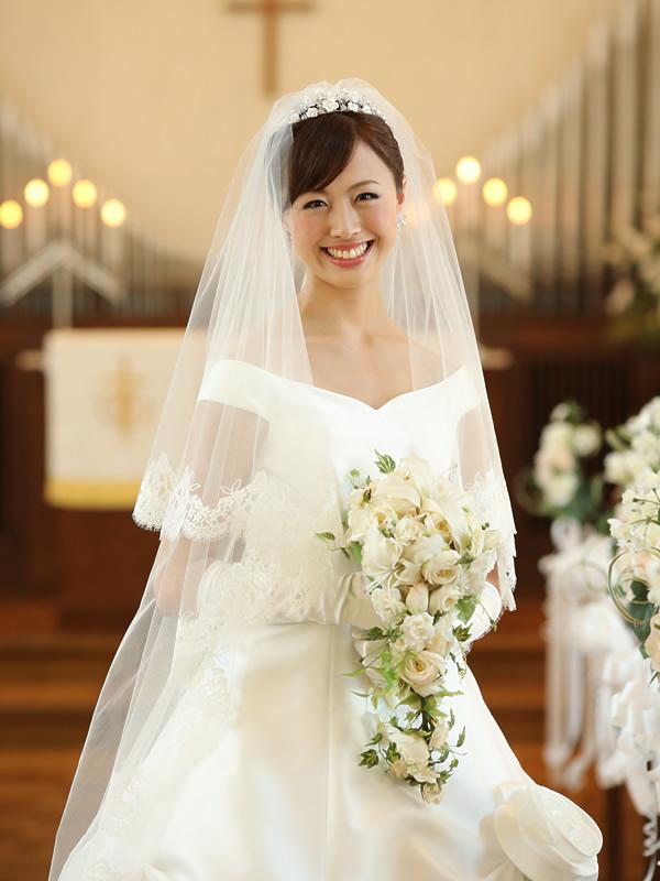 ウェディングベール ロング丈【スカーレット】(300cm)